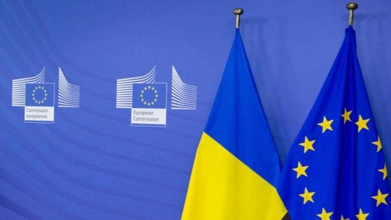 Η Ευρωπαϊκή Ένωση πιέζει την Ουκρανία να επιταχύνει τις μεταρρυθμίσεις