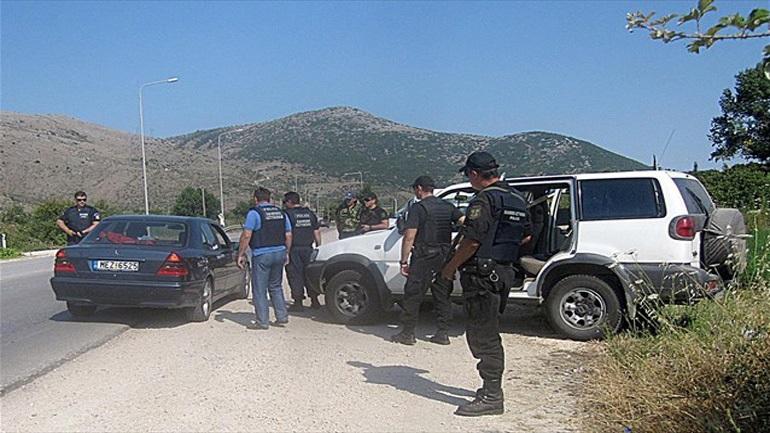Δεκάδες συλλήψεις σε αστυνομική επιχείρηση στη Μεσσηνία