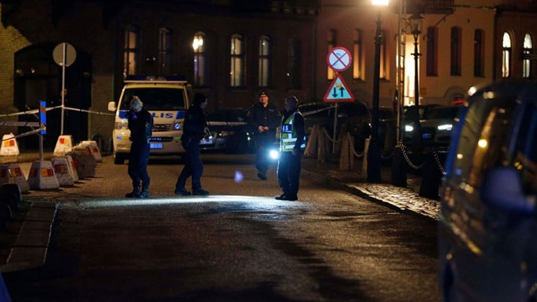 Αποτέλεσμα εικόνας για Σουηδία: Επίθεση με μολότοφ σε εβραϊκή συναγωγή στο Γκέτεμποργκ– Τρεις συλλήψεις
