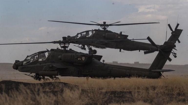 Νότια Κορέα: Άσκηση εκτόξευσης πυραύλων αέρος-αέρος από ελικόπτερα Apache