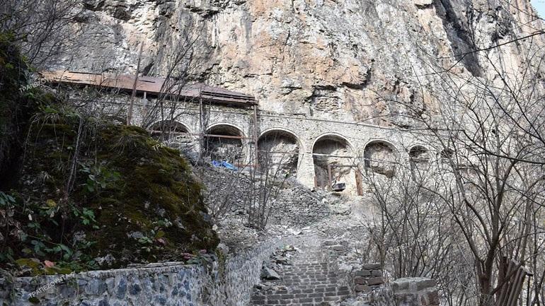 Έτσι είναι σήμερα η Μονή της Παναγίας Σουμελά στην Τραπεζούντα - Δέος από τη νέα ανακάλυψη