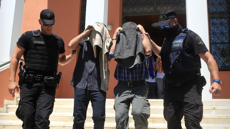 Τούρκοι καταφεύγουν στην Ελλάδα