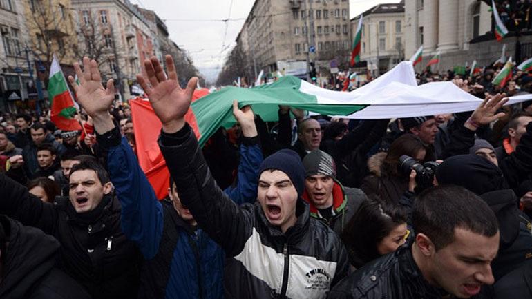 Βουλγαρία: Πολίτες στους δρόμους κατά της διαφθοράς