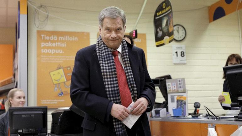 Φινλανδία: Ο Σάουλι Νιινίστο επανεξελέγη πρόεδρος από τον πρώτο γύρο