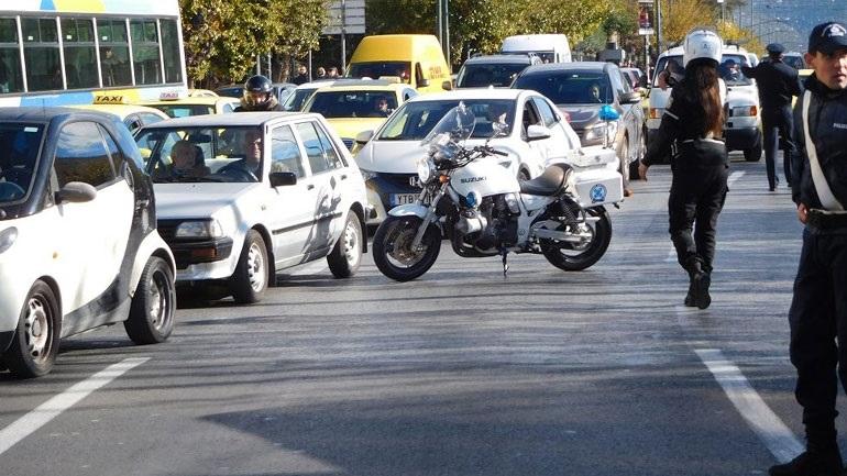 Κυκλοφοριακές ρυθμίσεις στην Λ. Αμφιθέας λόγω έργων 2394395