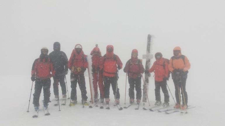 Καρέ-καρέ σκληρή άσκηση της Ελληνικής Ομάδας Διάσωσης 2395180