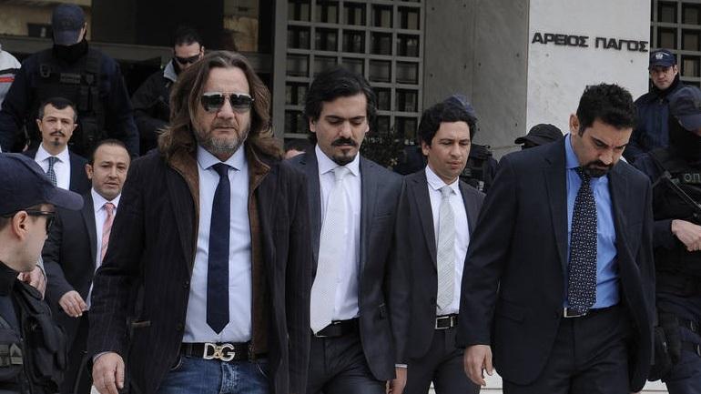 Ρύθμιση στη Βουλή για την αποτροπή αποφυλάκισης των 8 Τούρκων στρατιωτικών