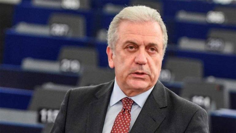 Δ. Αβραμόπουλος στη Die Welt: Να διαφυλάξουμε και να ενισχύσουμε τη συνθήκη Σέγκεν