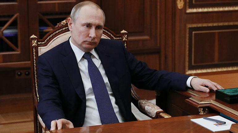Πούτιν: «Οι βομβαρδισμοί στη Συρία έγιναν χωρίς την έγκριση του ΟΗΕ»