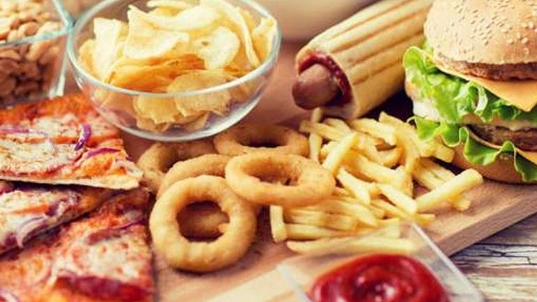 Αποτέλεσμα εικόνας για Ο Παγκόσμιος Οργανισμός Υγείας βάζει τέλος στα ψητά και τηγανητά σνακ!
