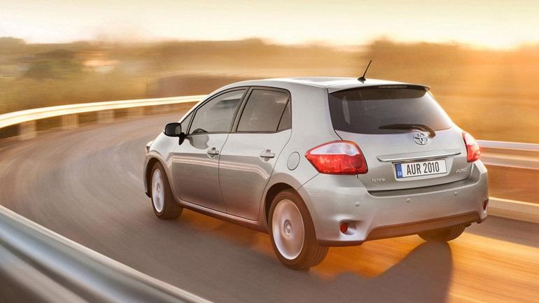 Η Toyota ανακαλεί 11.768 Auris και Corolla στην Ελλάδα