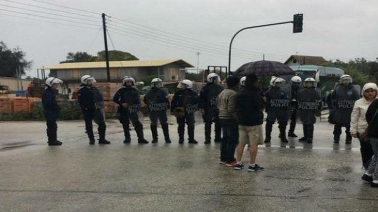 Κέρκυρα: Δύο προσαγωγές και ένας τραυματισμός  έξω από τον ΧΥΤΑ Λευκίμμης