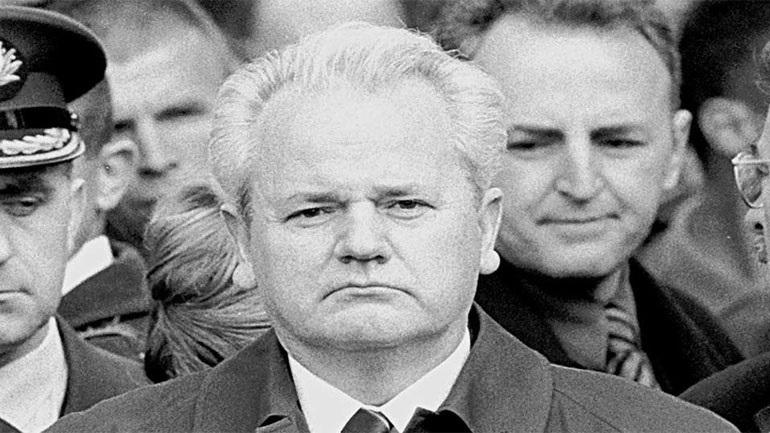 Σερβία: Εξέχων δικηγόρος - μέλος της υπεράσπισης του Μιλόσεβιτς στη Χάγη - δολοφονήθηκε στο Βελιγράδι