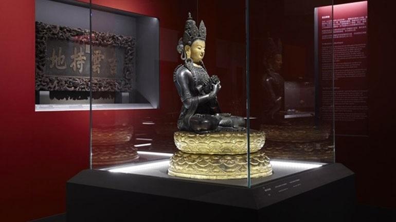 Image result for «Από την απαγορευμένη πόλη: Αυτοκρατορικά διαμερίσματα του Qianlong» στο Μουσείο Ακρόπολης