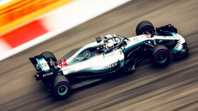 Formula 1: Νικητής στη Ρωσία ο Hamilton - Verstappen από άλλον πλανήτη