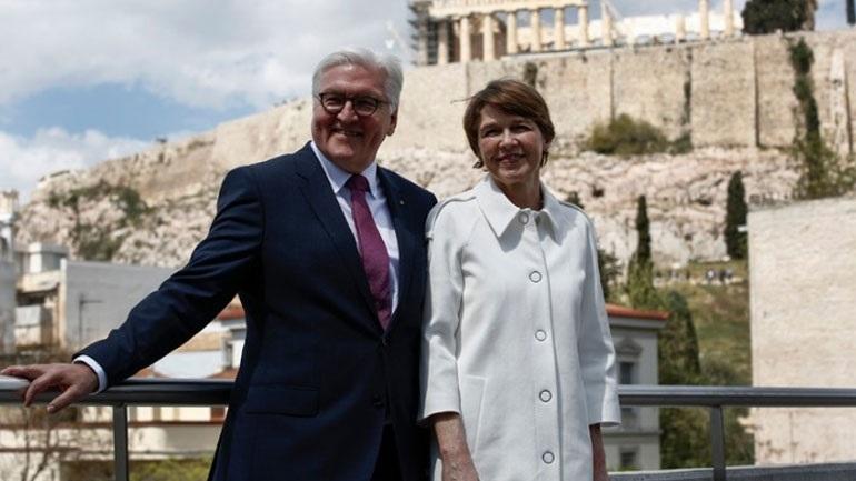 Στην Αθήνα ο Γερμανός πρόεδρος Φρανκ Βάλτερ Σταϊνμάιερ και η σύζυγός του