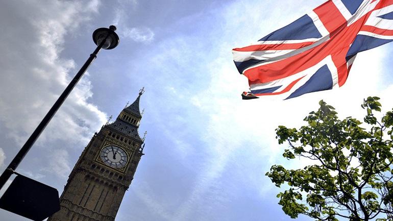 Βρετανία: Στα πρόθυρα παραίτησης τέσσερις υπουργοί της κυβέρνησης για το Brexit