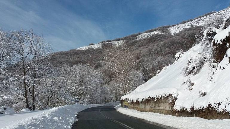 Στα λευκά τα ορεινά στη Θεσσαλία και την Ήπειρο!