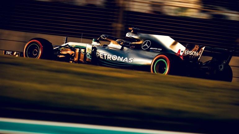 Formula 1: Ταχύτερα τα Mercedes στις δοκιμές του Άμπου Ντάμπι