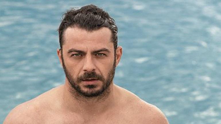 Γιώργος Αγγελόπουλος: Σε βραδινή έξοδο μαζί με μαμά του