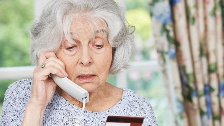 Η ευκολία στην εξαπάτηση των ηλικιωμένων μπορεί να αποτελεί πρώιμο σύμπτωμα της νόσου Αλτσχάιμερ