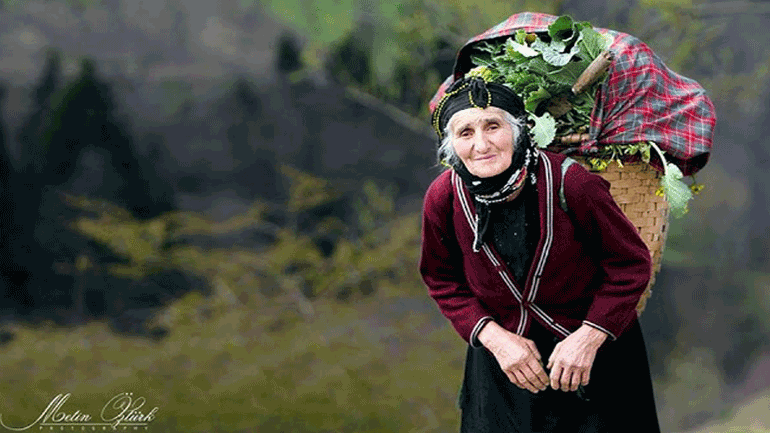 «H μητρική μας γλώσσα δεν ήταν τουρκική. Τα Ποντιακά είχαμε ως μητρική. Ρωμαίικα την ονομάζαμε εμείς»