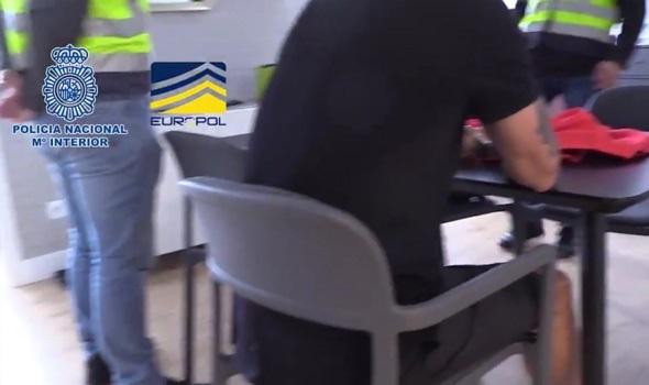 Ισπανία: Η στιγμή της σύλληψης των εμπλεκόμενων στο κύκλωμα με τα στημένα παιχνίδια
