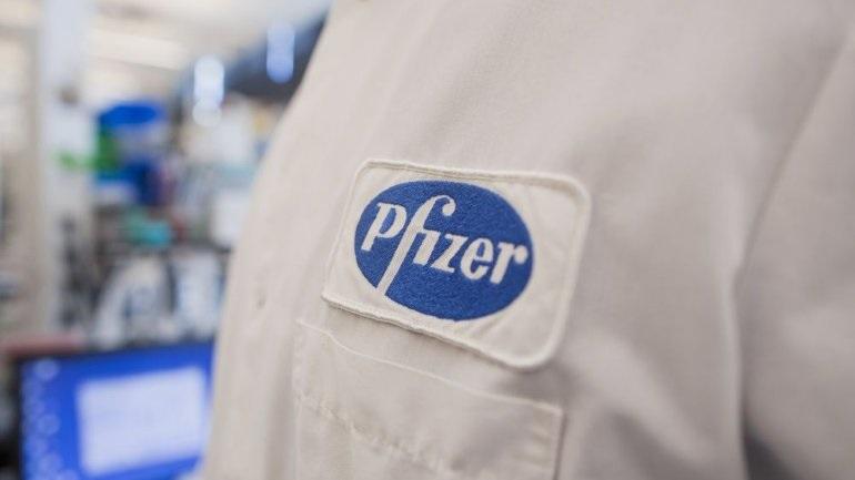 Pfizer Hellas: Δωρεά εμβολίων για την πρόληψη της πνευμονιοκοκκικής νόσου σε κατοίκους μικρών και ακριτικών νησιών