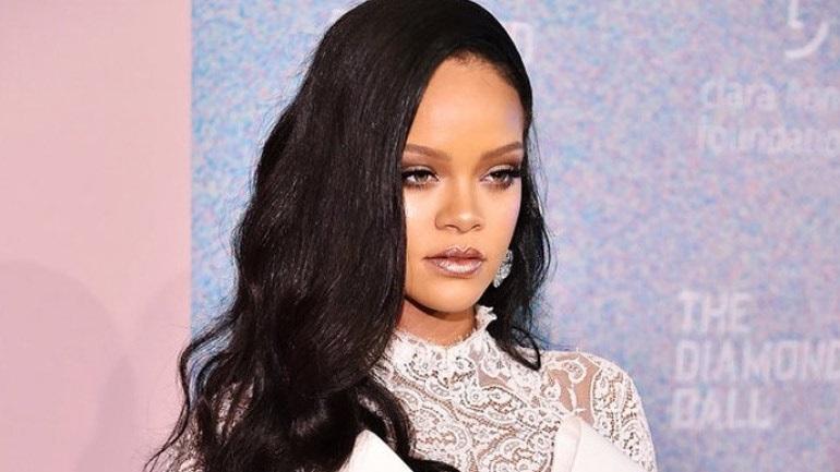 Η Rihanna ανοίγει τη δεύτερη μπουτίκ Fenty στη Νέα Υόρκη