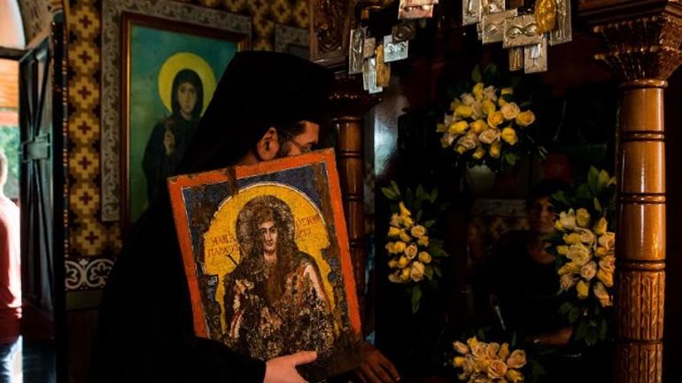H εορτή της Αγίας Παρασκευής σε Πεταλίδι και Καλαμάτα