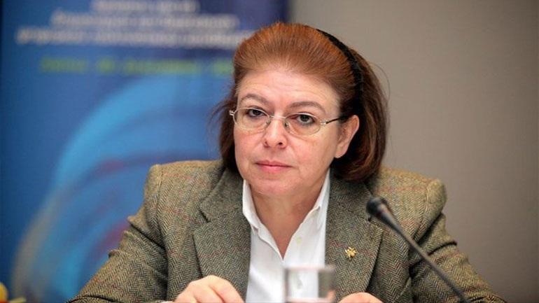 Ευχές της υπουργού Πολιτισμού στον Μίκη Θεοδωράκη για τα γενέθλιά του