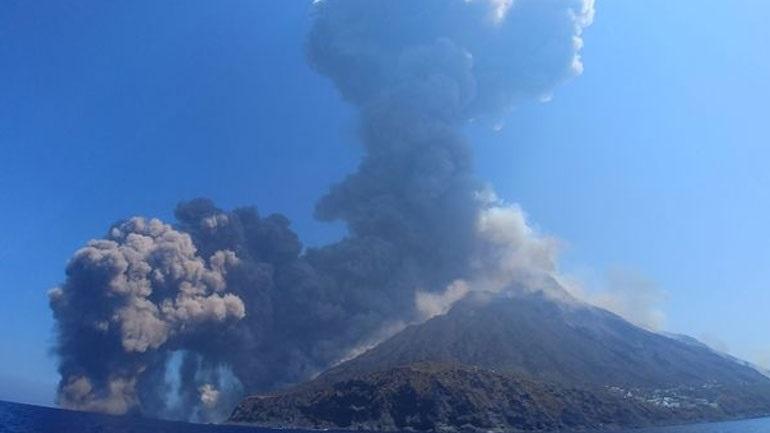 Νέα ισχυρή έκρηξη του ηφαιστείου Στρόμπολι ανοικτά της Σικελίας