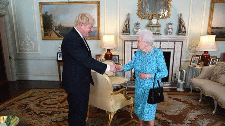 Βρετανία: Η βασίλισσα Ελισάβετ ενέκρινε την αναστολή του Κοινοβουλίου