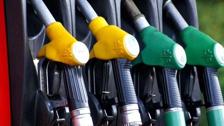 Μείωση της φορολογίας στα καύσιμα ζητεί η ΠΟΠΕΚ