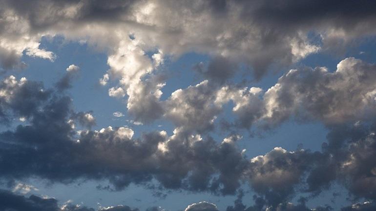 Απότομη μεταβολή του καιρού: Πού θα βρέξει