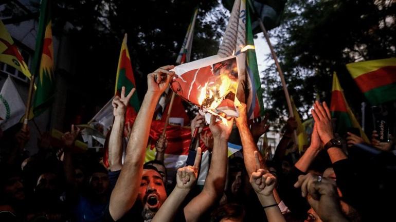 Θεσσαλονίκη: Πορεία διαμαρτυρίας ενάντια στην τουρκική εισβολή στην Συρία