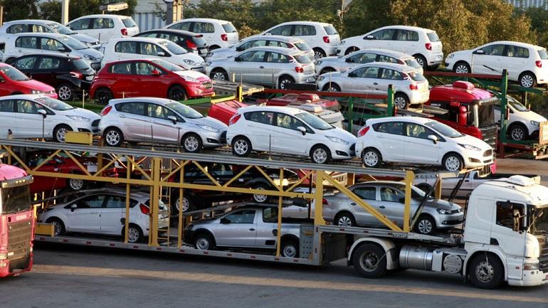 Αμερικανός υπουργός Εμπορίου: Μέσω διαπραγματεύσεων θα αποφευχθούν οι δασμοί στα εισαγόμενα αυτοκίνητα