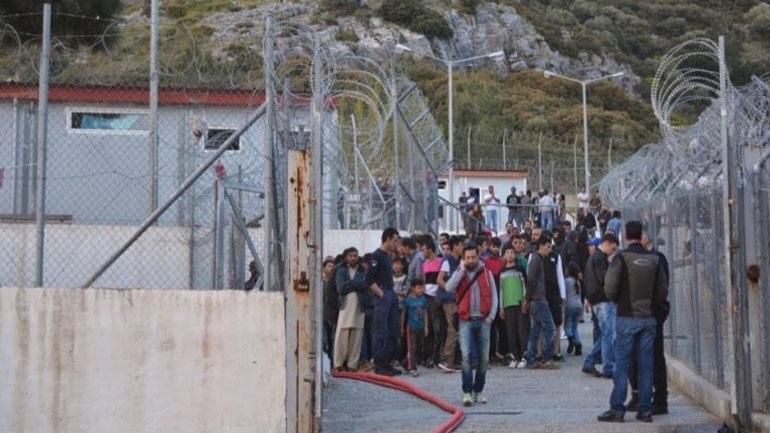 Συμπλοκή μεταναστών με αστυνομικούς στη Σάμο