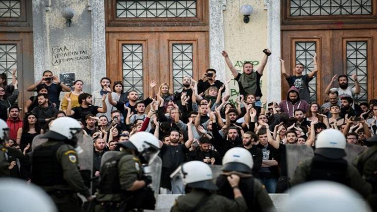 Ψήφισμα κατά της βίας και της ανομίας από 100 μέλη ΔΕΠ του Οικονομικού Πανεπιστημίου Αθηνών