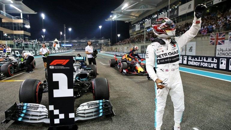 Ταχύτερη η Mercedes στις δοκιμές του Άμπου Ντάμπι