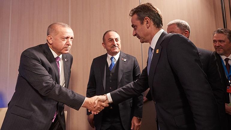 Ειλικρινής και δύσκολη η συνάντηση Μητσοτάκη - Ερντογάν