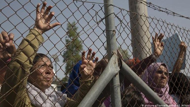 FAZ: «Αβέβαιη η επιτυχία» του νόμου για παροχή ασύλου