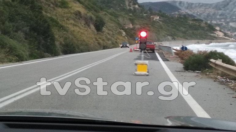Βράχια έπεσαν από το βουνό και πλάκωσαν αυτοκίνητο της ΟΠΚΕ στην Εύβοια