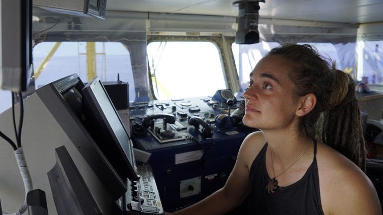 Επικυρώθηκε η απελευθέρωση της καπετάνισσας Καρόλα Ρακέτε