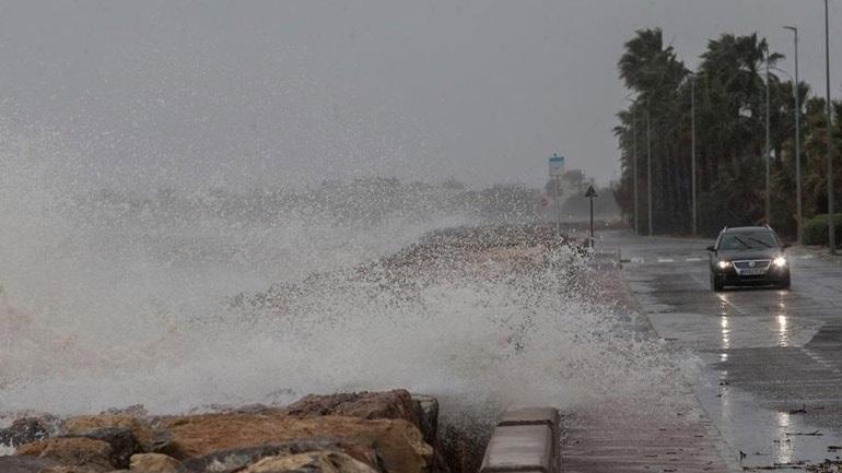 Ισπανία: Ένας νεκρός από την καταιγίδα Γκλόρια