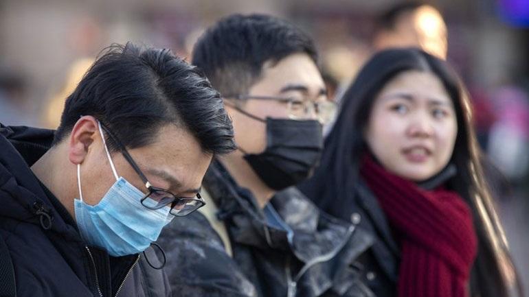 Ρωσία: Επιβάτης από τη Σαγκάη διακομίστηκε σε νοσοκομείο με την υποψία ότι είναι φορέας του νέου κοροναϊού