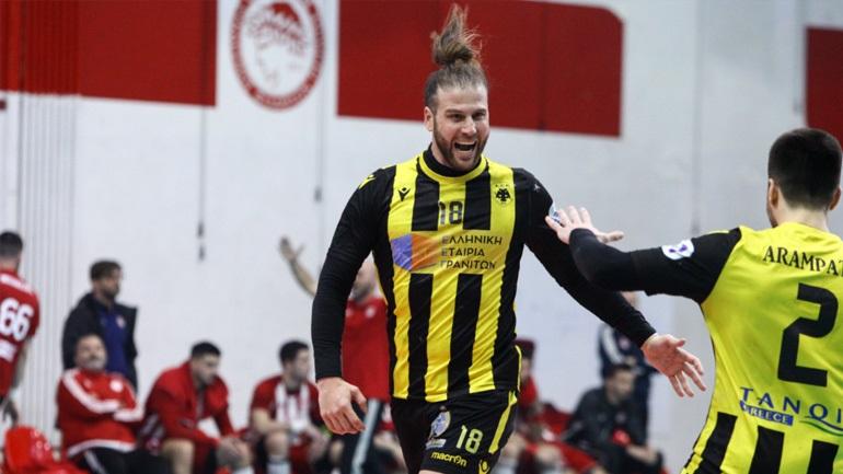 Χάντμπολ: Προβάδισμα πρόκρισης για την ΑΕΚ, νίκησε εκτός έδρας με 26-23 τον Ολυμπιακό