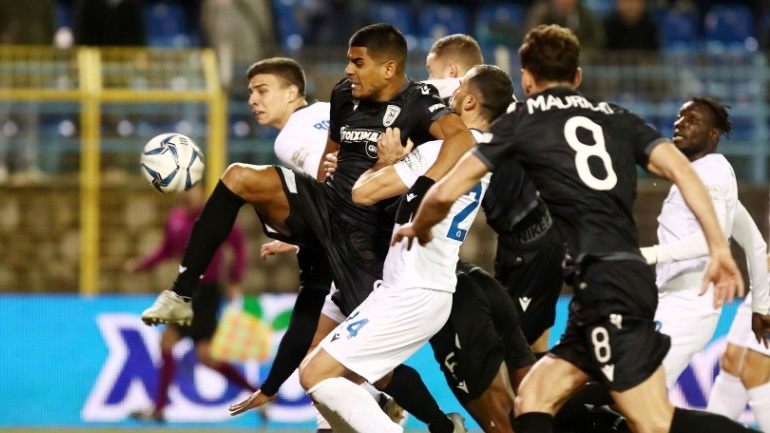 Λαμία-ΠΑΟΚ: Κόλλησε η οθόνη του VAR στο γκολ του «δικεφάλου» του Βορρά