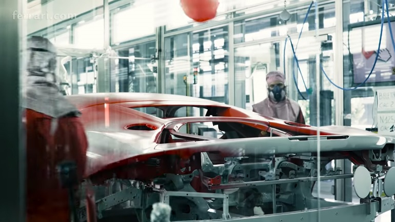 To «μαγικό» video της Ferrari για τη SF90 Stradale