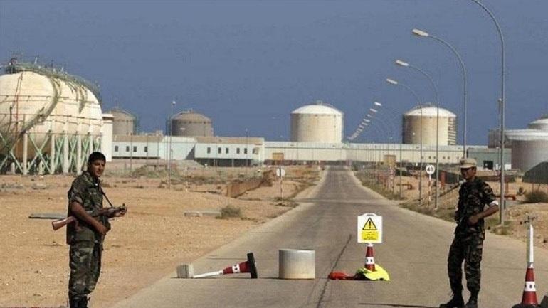 Λιβύη: Ο αποκλεισμός των πηγών πετρελαίου πλήττει την οικονομία, δηλώνει ο κεντρικός τραπεζίτης